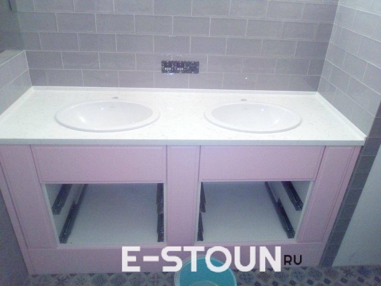 Фотографии столешницы в ванную с двумя накладными раковинами из кварцевого агломерата Technistone Areti Bianco